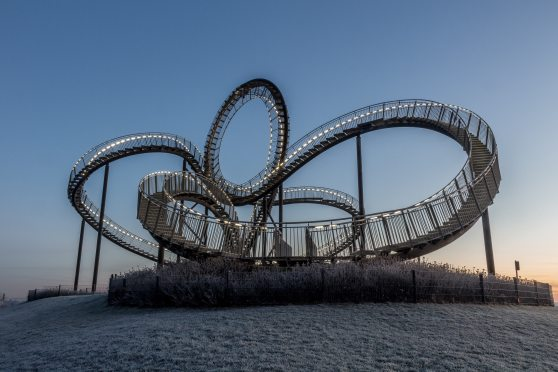 adventure-amusement-park-architecture-315499.jpg